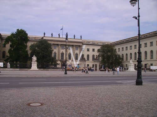 Isola dei Musei by lpelo2000