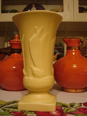 McCoy Vase (.Hollie.) Tags: bauer pottery mccoy californiapottery bauerpottery