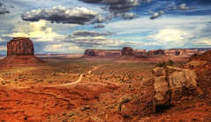 TheValley (Wolfgang Staudt) Tags: travel red summer arizona sky usa mountains beautiful yellow clouds sunrise landscape utah spring amazing nikon sandstone butte desert nikond70 sigma northernarizona wilderness navajo monumentvalley vacancy navajoreservation soe lonelyness coloradoplateau navajoindianreservation navajonation travelphotographie din abigfave wolfgangstaudt sigmaaf4561020dchsm impressedbeauty 66111 superhearts tribehorizon