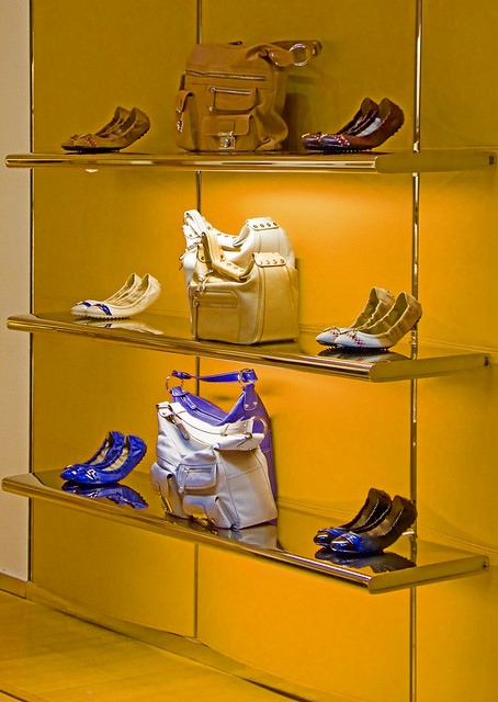 Tods Boutique (store interior) photo 650 by Candid Photos