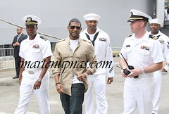 usher pollying with the marines