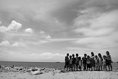 Kulayan ang Kinabukasan ng Kabataan. (Leon B. Dista) Tags: poverty news children poor photojournalism documentary underprivileged manila society urbanpoor baseco maynila tondo marginalized luisliwanag leonbdista walkumentary photokalye
