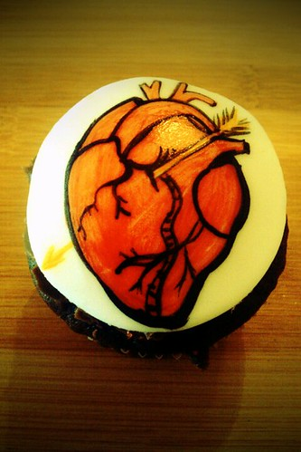 Corazon by Little Sweeties Cupcakes