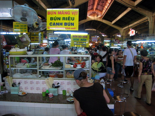 Lunch counter, Ben Thanh Market