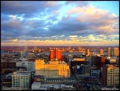 Philadelphia, Center City East at Dusk (Harpo42) Tags: bridge sunset philadelphia clouds river twilight dusk centercity camden nj pa philly benfranklinbridge delawareriver twostates