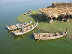 Boats at a tea shop (R Stanek) Tags: lake boats burma myanmar mandalay teashop amarapura ubein taungthaman