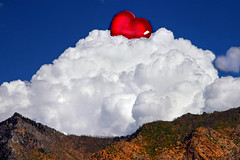 It was an AMAZING Valentine phenomenon!!! (janoid) Tags: heart valentinesday bemyvalentine besitos saturdaysilliness myheartbelongstojan myheartisyours februaryisthebest iclaimthatcloud okayiknowitssundaybutiwasntaroundyesterday youratrip xoxoxoxxoxoxxoxo