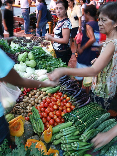Green travel local food