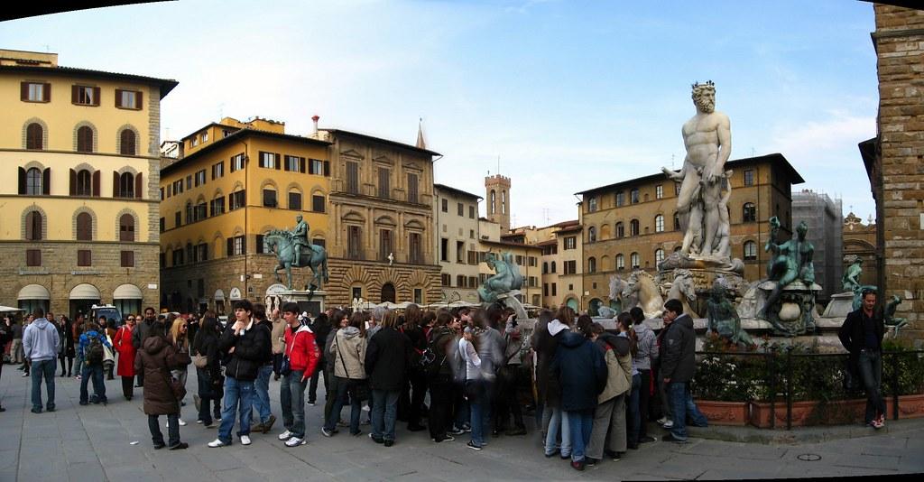 Piazza della Signoria - Ammanati - Neptune Fountain