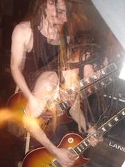 drumcorps 彈吉他...超帥