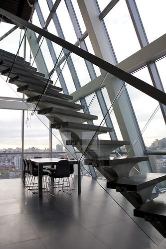 http://hotel-interior-design.blogspot.com/ modern-staircase-hotel-rivington