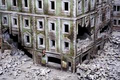 Destroyed city 3 (lb75darth) Tags: world city canon model war guerra di una canon350d destroyed diorama reconstruction città modellismo 2° mondiale ricostruzione distrutta dadicom