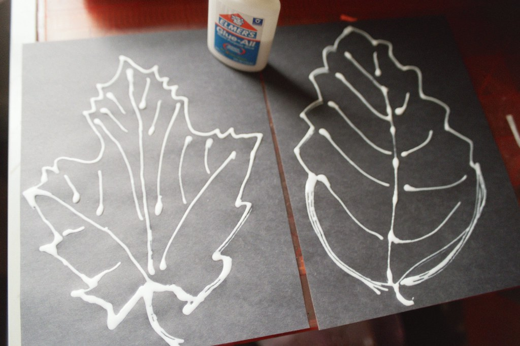leaf placemats, glue, again
