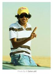 ━╃↘ 3GόoD ↙╄━ (Nasser Bouhadoud) Tags: camera man cars car shirt canon eos 350d khalid qatar خالد ناصر 3good سعدون بوحدود الكوراري