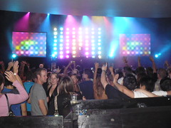 stage-crowd-2