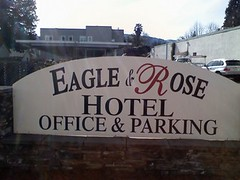Eagle and Rose Hotel