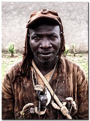 Dozo (Laurent.Rappa) Tags: voyage africa travel portrait people men face retrato cte laurentr ritratti ritratto homme ctedivoire peuple afrique ivorycoast divoire chasseur dozo ivorycost laurentrappa