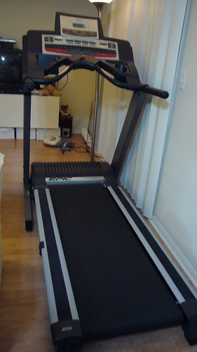 Epic Treadmill 800MX by yesmovingsale