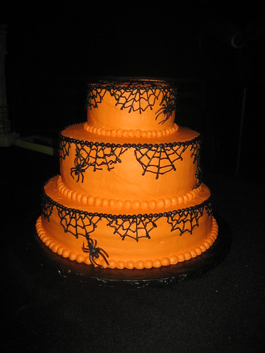 Halloween wedding cake! by discopalace
