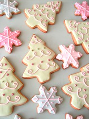 christmas cookies 109 (hello naomi) Tags: snowflake christmas pink blue white tree green cookies snowman purple decorative goods packaged button baked