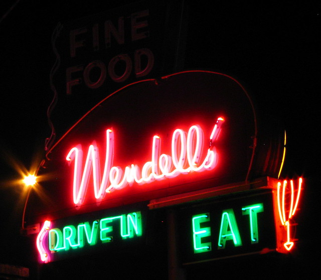 Wendell's neon sign at night