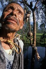 Don Julián Santana - El Señor de las muñecas (mexadrian) Tags: city mexico isla xochimilco trajinera muñecas chinampa islandofthedolls donjuliansantana