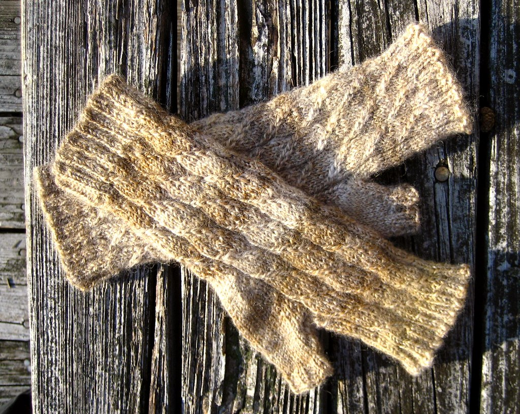 Handspun Husband Mitts - Done