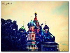 Saint Basil's Cathedral (2) (Sugar Mind) Tags: travel sky building colors architecture canon europe cathedral russia moscow faith religion sugar cielo mind piazza redsquare colori viaggio mosca fede cattedrale rossa religione saintbasilscathedral doublyniceshot tripleniceshot mygearandme mygearandmepremium mygearandmebronze mygearandmesilver mygearandmegold mygearandmeplatinum mygearandmediamond ringexcellence artistoftheyearlevel3 artistoftheyearlevel4