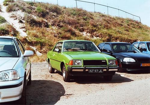 Mazda 616 coupe @ JAF2011