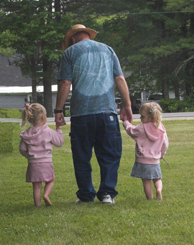 IMAGE: http://farm3.static.flickr.com/2117/2082934688_9982ce0462_o.jpg