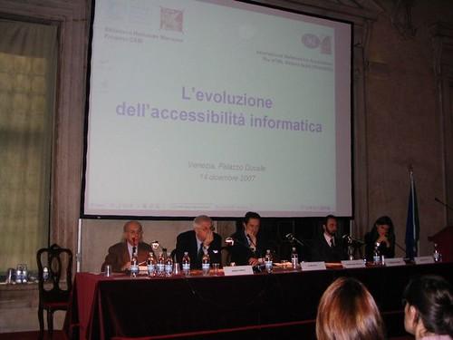 Tavolo relatori convegno IWA