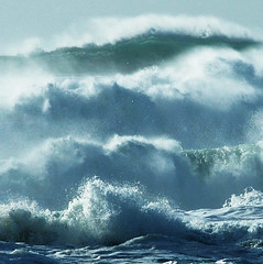 Waves (Surreal McCoy (Alvin Brown)) Tags: canada storm surf waves bc wind tofino naturesfinest superaplus aplusphoto bestminimalshot