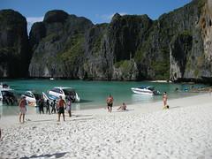 53 maya bay a phi phi island