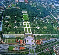 Vienna-Schonbrunner Palace (giovanni paccaloni) Tags: vienna gardens austria palace empire schloss aerials mariateresa airviews schonbrunner