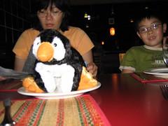 IMG_0053 (slijleong) Tags: stuffedtoy ian penguins sophia