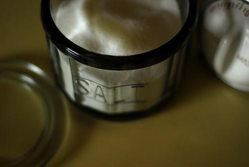 mama's day salt cellar