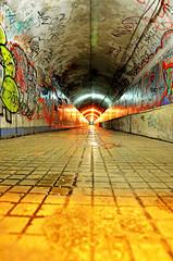 Desde El Final Del Tunel (Jose Manuel Barreiros Galiña) Tags: grafiti tren ourense arte art luz iluminacion belleza stret volver galicia vias guapo