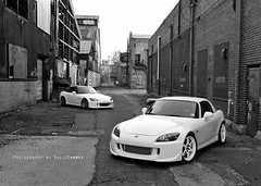 B&W S2000's (david.tormey) Tags: white hardtop philadelphia honda alley nikon may nj pa philly s2k 2009 s2000 volk intercooler supercharged ap2 d300 oem gpw comptech grandprixwhite le37 re30
