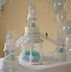 Castles wedding cake with fountain (Creative Cakes by Clare) Tags: blue wedding roses white castle water fountain stairs groom bride waterfall beads towers wrapped pearls round ribbon pillars turrets tiers tiered