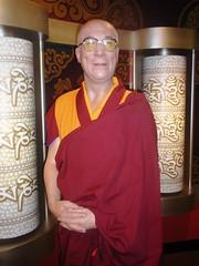 Dalai Lama (Sonja Kavka) Tags: vienna wien tussaud franz lama obama dalai klammer gandi barack figl