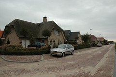 I like this thatched roofed house. (trekamerikalover) Tags: hometown dutchhouses autumnfolliage