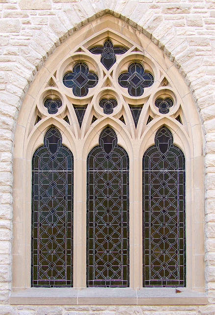 White House Retreat, in Oakville, Missouri - Chapel window.jpg
