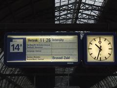 Amsterdam Centraal 2 (sohvimus) Tags: holland amsterdam nederland railwaystation trainstation publictransport mokum amsterdamcentraal noordholland rautatieasema northholland junaasema hollanti alankomaat