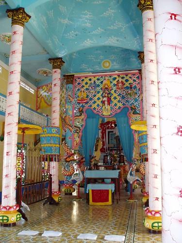 Cao-Dai Temple_8