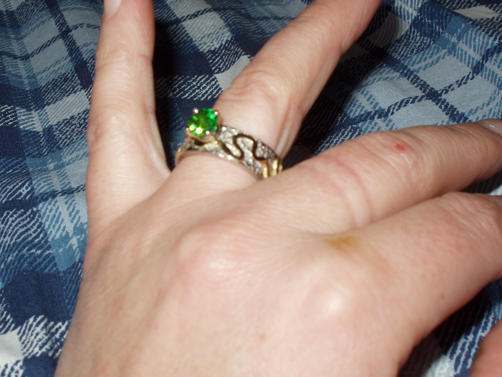 Beautiful ring, I think I just married myself today, I really like you on me!