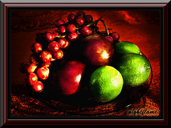 fruits  - texture&frame (Dee D.W.) Tags: life light shadow red green texture fruits still artistic expression loveit frame artisticexpression mywinners abigfave anawesomeshot aplusphoto superbmasterpiece diamondclassphotographer flickrdiamond excellentphotographerawards proudshopper theperfectphotographer mailciler llovemypic colourvisions theenchantedcarousel