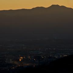 the end of a day. (beeldmark) Tags: sunset mountain mountains berg japan landscape japanese dusk dal valley  bergen yamanashi japonais landschap schemering japans kasugai japanisch isawa   vallei pentaxk10d  anawesomeshot beeldmark