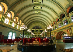 St Louis Union Station Grand Hall (Bettina Woolbright) Tags: city urban history architecture buildings downtown cityscape interior stlouis missouri saintlouis unionstation bettina downtownstlouis stlouisunionstation woolbright saintlouisunionstation stlouishistory bettinawoolbright woolbr8stl bettinawoolbrightcom