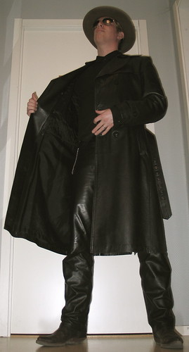 selfportrait hat leather wardroberemix boots coat tripod shades timer