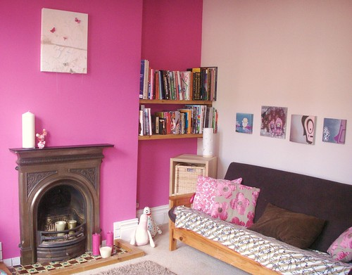 Our fresh pink room!